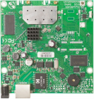 Точка доступа MikroTik RouterBOARD 911G with 600Mhz Atheros CPU, 64MB RAM, 1xGigabit LAN, built-in 2.4Ghz 802.11b/ g/ n .... (RB911G-2HPND)