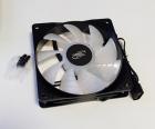 Вентилятор DEEPCOOL RF120W 120x120x25мм (96шт./ кор, LED White подсветка, 1300об/ мин) Retail (RF120W)